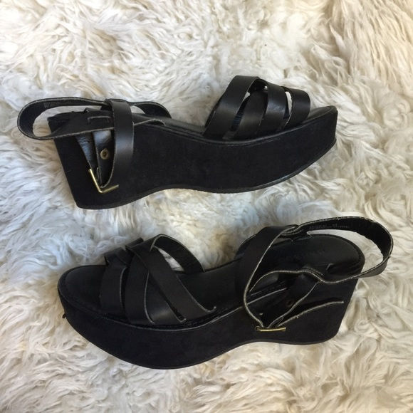 d059c50095e BAMBOO Shoes - Bamboo Black Faux Leather Platform Sandals